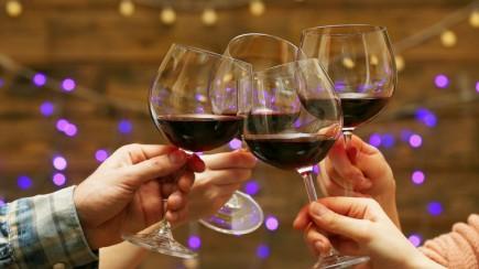 Wine_253946071-760x428